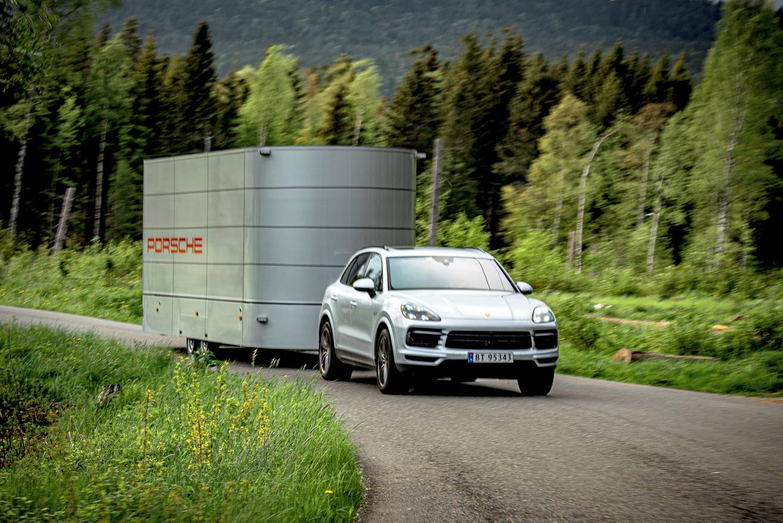 Roadshow Logistics | Mobile Exhibition Trailers & Event Marketing Vehicles