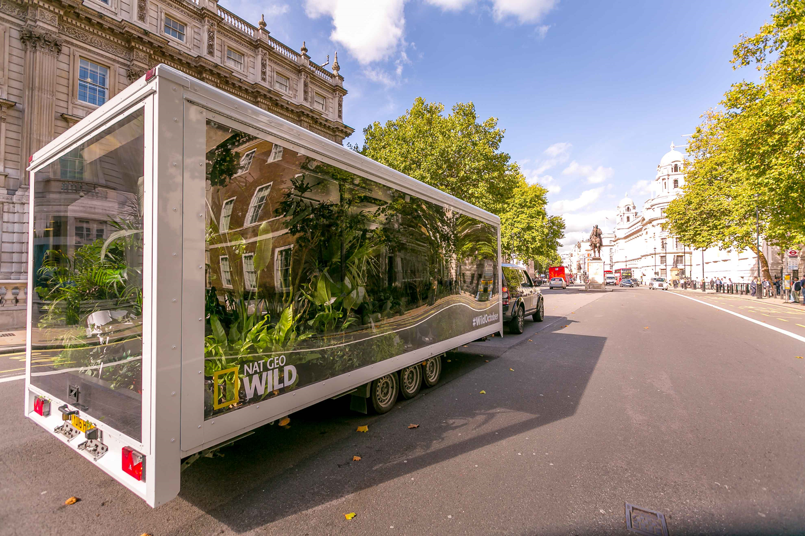 Mobile Experiential Marketing Roadshow Services | B2B Brand Marketing